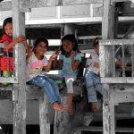 Die Mädchen Gang von Bira