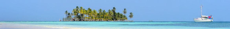 Eine winzige Insel mitten im türkisen Ozean. Das muss das Paradies sein!