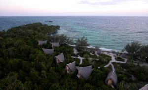 Die Bungalows auf Chumbe Island vom Leuchtturm aus